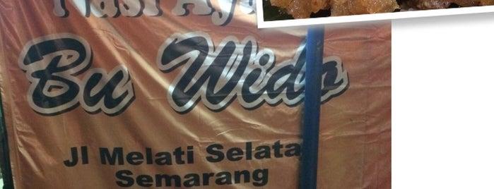 "Nasi Ayam "" Bu Wido "" Jl. Melati Selatan Semarang Jawa Tengah is one of Semarang Trips."