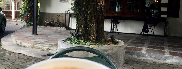 Kamar Tujuh Koffie is one of Bandung Coffee Shops 2017.