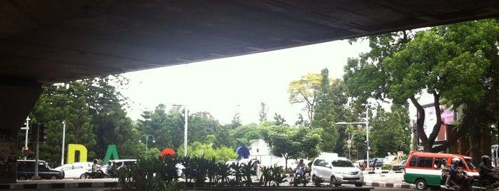Jalan Ir. H. Djuanda is one of My Hometown.