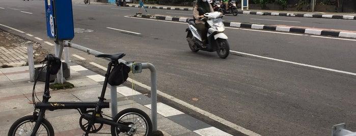 10. Boseh 10 Wastukencana Pasar Kembang (Inactive) is one of Bike On Street Everybody Happy (boseh).
