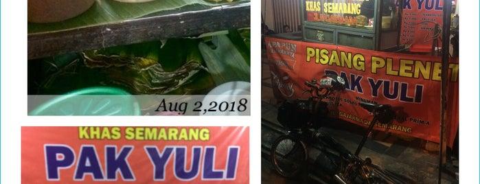 Pisang Plenet Khas Semarang is one of Semarang Trips.