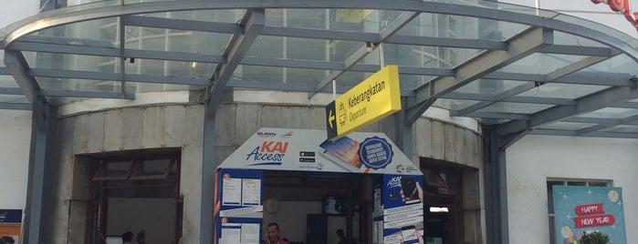 Stasiun Semarang Poncol is one of Semarang Trips.