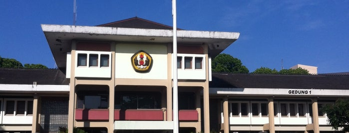 Universitas Padjadjaran is one of My Hometown.