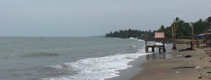 Pantai Kuala Idi is one of Aceh trips.