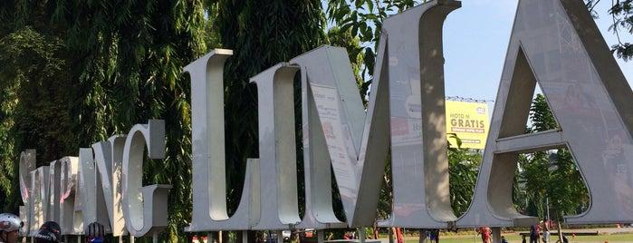 Simpang Lima is one of Semarang Trips.