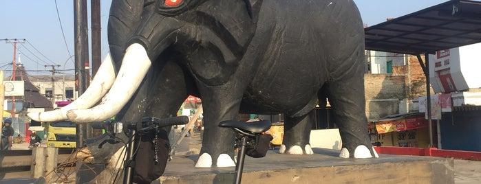 Patung (Leuwi) Gajah is one of Cimohay spots.