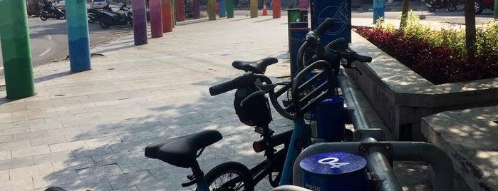11. Boseh 11 Taman Veteran is one of Bike On Street Everybody Happy (boseh).
