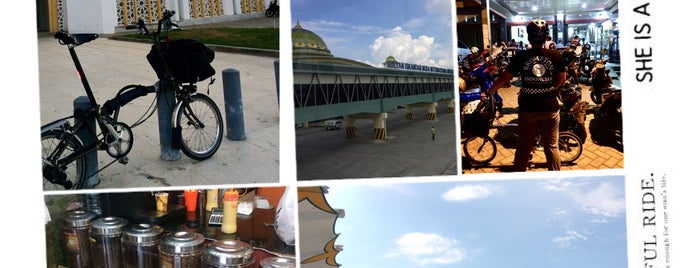 Banda Aceh is one of Aceh trips.