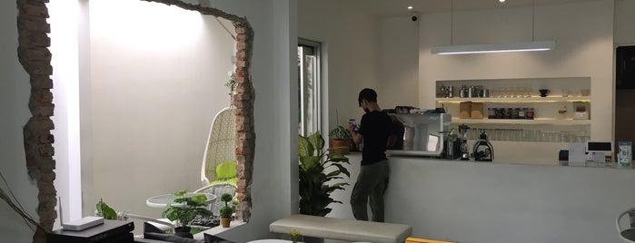Miles Coffee Jl Gajah is one of PANG ! PAgi NGopi Bandung.