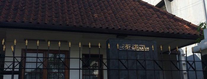 Rumah Bersejarah Inggit Garnasih is one of My Hometown.