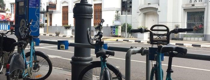 20. Boseh 20 Alun-Alun is one of Bike On Street Everybody Happy (boseh).