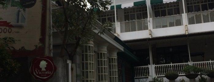 The Victoria Luxurious Guesthouse is one of Nin'in Kaydettiği Mekanlar.
