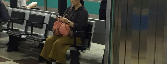 Nogizaka Station (C05) is one of Tokyo 2019.