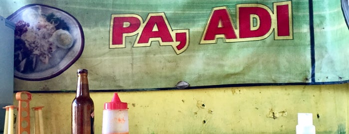 Bubur Ayam Pa Adi is one of Cimohay spots.