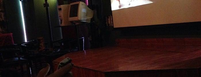 Karaoke Papillon is one of Posti che sono piaciuti a Miguel.
