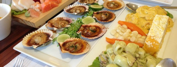 Segundo Muelle is one of Food & Fun - Quito.
