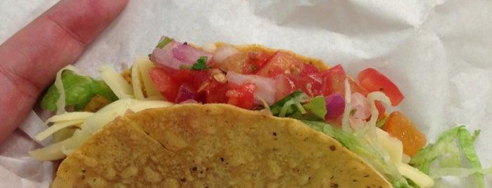 Los Burritos is one of LILIANAさんの保存済みスポット.