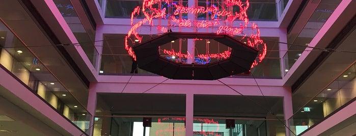 Versicherungskammer Bayern is one of Die lange Nacht der Architektur 2013.