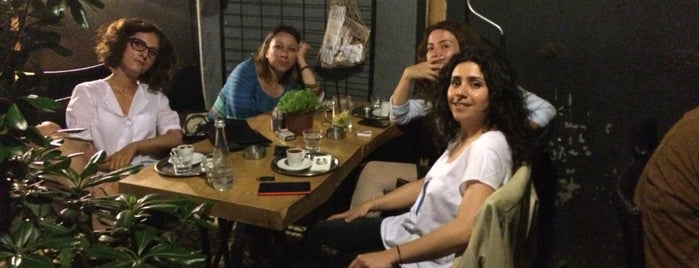 Muhit is one of Istanbul Coffee Culture.