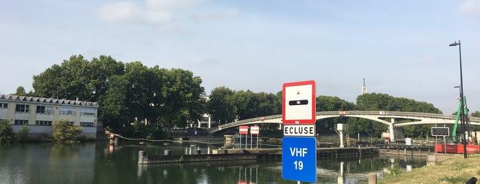 Écluse de Maisons-Alfort is one of Vincennes: in laws hometown ♥.
