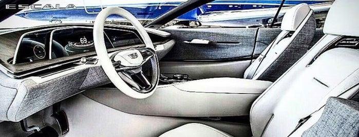 Cadillac Russia is one of Офисы, в которых можно подписаться на фрукты (ч.2).