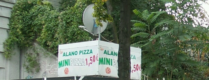 Alano Pizza Mini Pizza is one of Tempat yang Disukai Cristi.