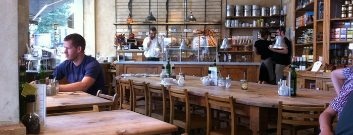 Le Pain Quotidien is one of Lugares favoritos de Francois.