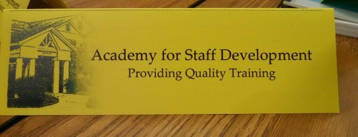 Academy For Staff Development is one of Lugares favoritos de Dawn.