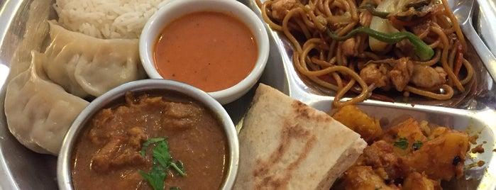 Kailash Restaurante Tibetano is one of สถานที่ที่ Rafael ถูกใจ.