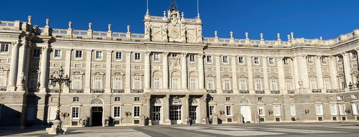 Royal Palace of Madrid is one of Rafael's Liked Places.