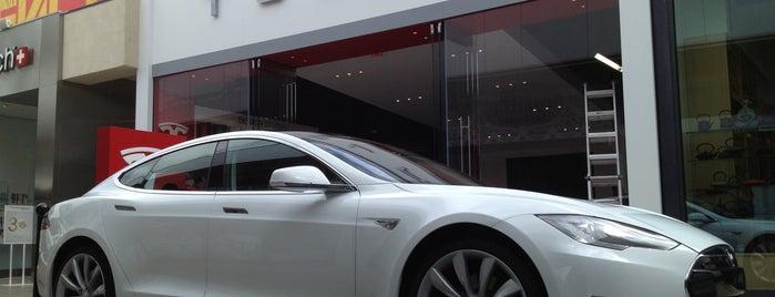 Tesla is one of Posti che sono piaciuti a Alberto J S.