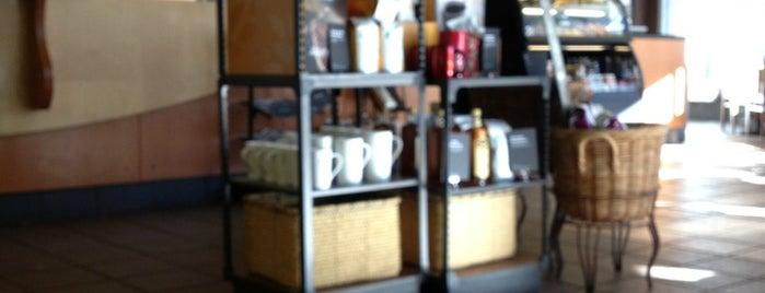 Starbucks is one of Orte, die Robyn gefallen.