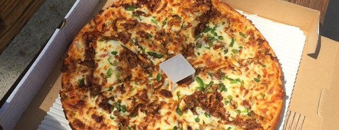Pizza Pizza   پیتزا پیتزا is one of اصفهان.