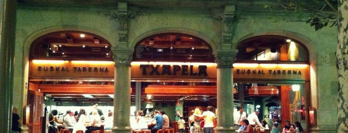 Txapela is one of Tapas in Barcelona.