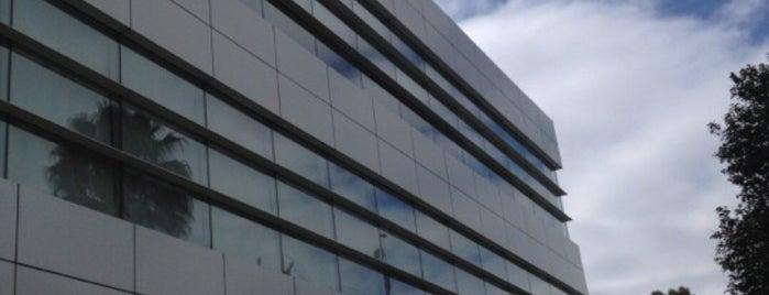 AT&T - Tecnoparque is one of สถานที่ที่ Corasoun ถูกใจ.