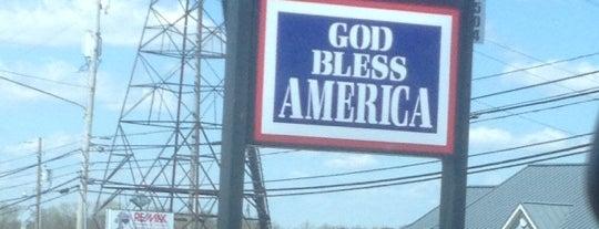 God Bless America is one of Orte, die Chrissy gefallen.