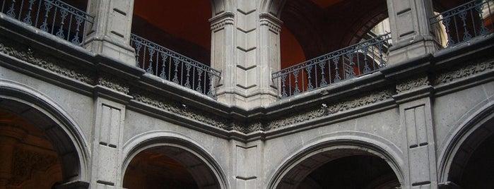 Museos · Galerías · Centro Cultural