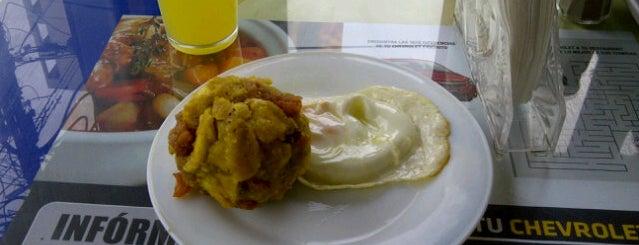La Barca Azul is one of Lo mejor de la comida guayaca.