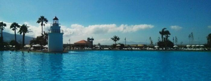 Parque Marítimo del Mediterráneo is one of Tempat yang Disukai Miriam M.