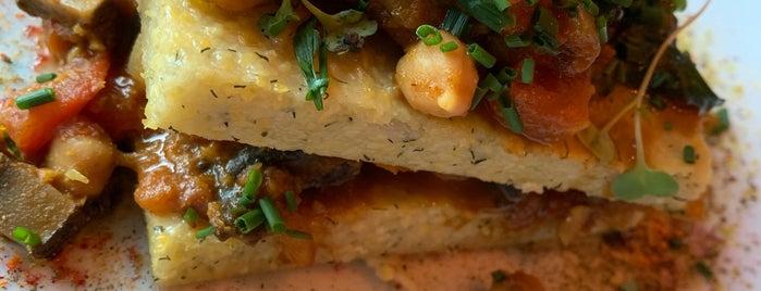 Epif Restaurant & Pisco Lounge is one of Posti che sono piaciuti a Ritika.