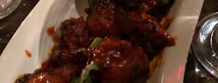 Ashoka Fine Dine is one of Orte, die Guha gefallen.