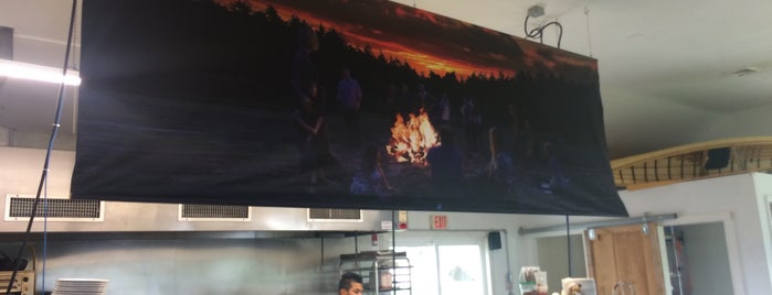 Camp Fire Grill is one of Berkshires.