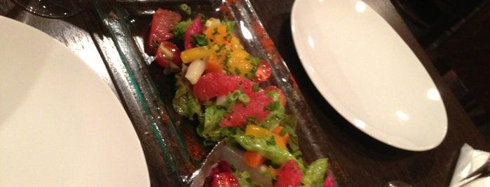 ワインバーレストラン プチパリ is one of 美味しいと耳にしたお店.