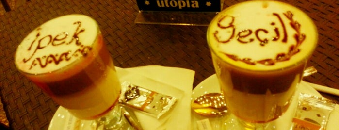 Utopia Lounge & Cafe is one of Locais curtidos por Kerim.