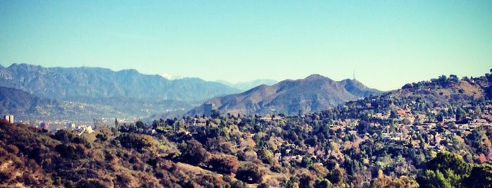 Fryman Canyon is one of Los Angeles.