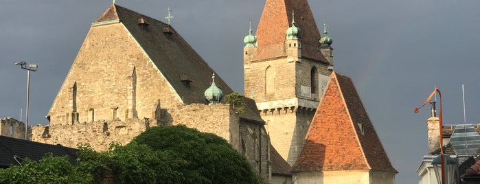 Burg Perchtoldsdorf is one of When we get a car.