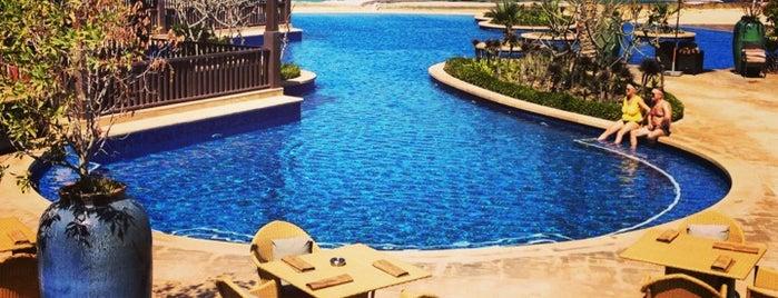 Desert Islands Resort & Spa by Anantara is one of Locais curtidos por Queen.