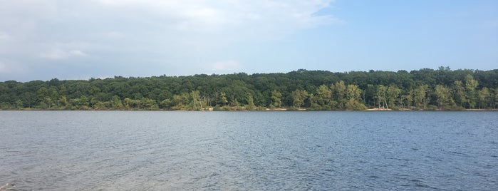 Hempstead Lake State Park is one of Posti che sono piaciuti a Tania.