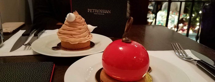 Petrossian Boutique & Cafe is one of Tempat yang Disukai Tania.