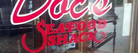 Doc's Seafood Shack & Oyster Bar is one of Andrew : понравившиеся места.